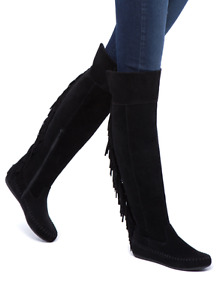 Women's size 6 black boots. Brand New!