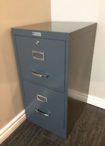 Filing cabinet, great condition, dark grey