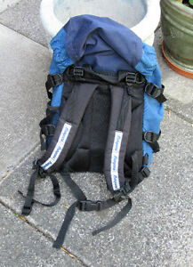 BERGANS-OF-NORWAY-XO-20L-YOUTH-BACKPACK, NEW & Adult Size  Sligh West Island Greater Montréal image 2