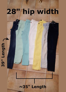 Women's jeans for sale .size small - brand new - $5/each