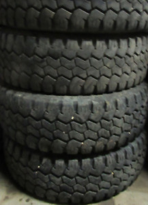 $700 TOTAL PRICE Nitto HD Grappler LT265/70/17 75-90% TREAD(4 TI