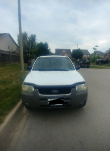 2003 Ford Escape-AS IS/PARTS.