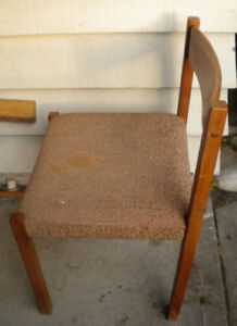 DANISH MID CENTURY MODERN SOLID TEAK DINING SIDE CHAIR