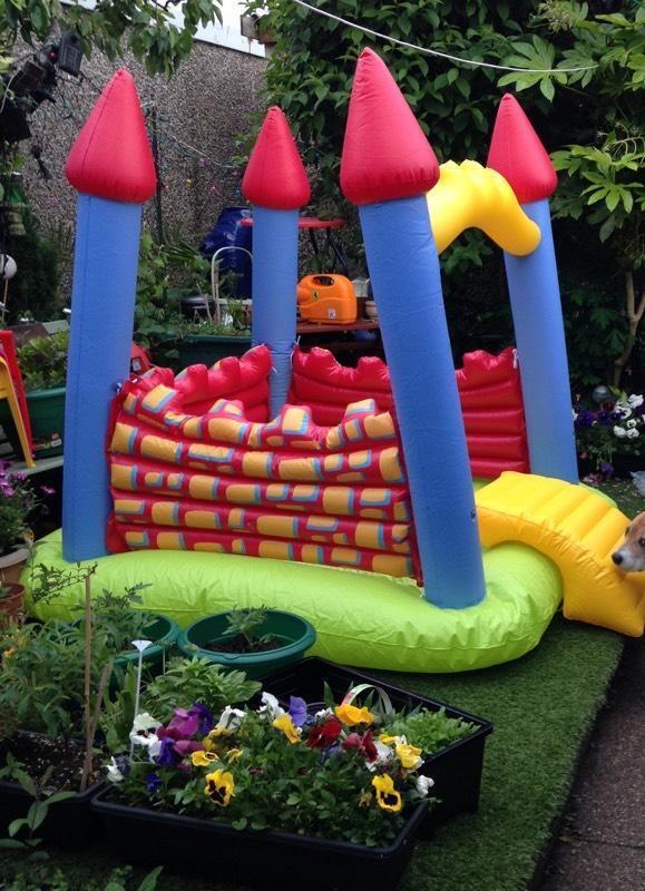 Elc bouncy castle and paddling pool in worsley for Elc paddling pool