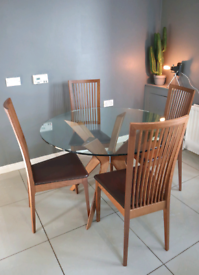 Calligaris Glass Designer Dining Table and 4 Leather Chairs