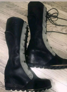 SOREL Cate The Great Sz.8 Tall Wedge Black Leather Boots