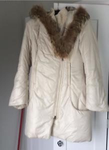 Manteau Mackage à vendre Grandeur small 300$