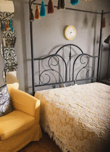 Wrought iron canopy bed - Queen