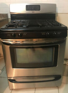 ***Stainless steel appliances!! EXCELLENT CONDITION SALE***