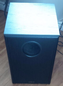 Base Box for home stereo (Subwoofer)