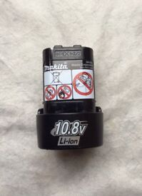 MAKITA 10.8V LITHIUM ION BATTERY FOR SALE USED ONLY ONCE,PICK UP MY HOME ADDRESS