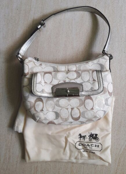 Coach Printed Signature Fabric Small Bag (brand new) S$100  --> GSS Price!