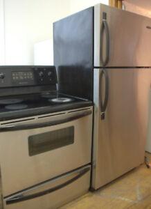Réfrigérateur – cuisinière inoxydable
