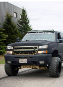 04-06 chevy bumper with push bar on it
