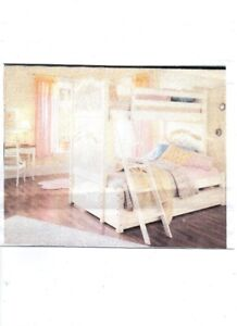 Ma Marie Antique White Bunk Bed with Trundle