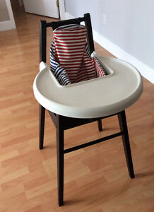High chair in excellent shape used for only 7 months.