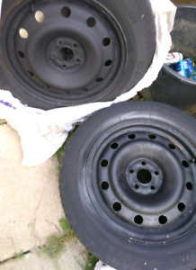 4 Winter Tires on Rims 205 60 16