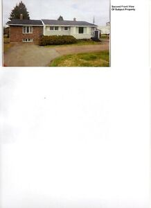 House with large lot,130x212, residential or commercial
