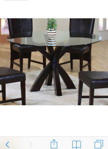 Circle dining table, glass top, 4 chairs
