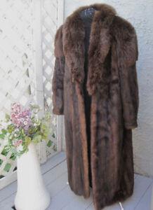 Manteau Vison - Mink  Fur- collet de fourrure de renard