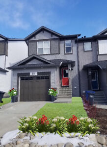 Upscale, Immaculate, Corner Townhouse/Finished Basement