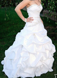 BONNY Wedding Dress or Grad Dress Size 2 (xs-s)