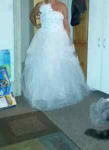 Brand new wedding dress Kawartha Lakes Peterborough Area image 7