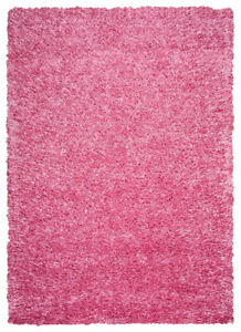 Hand tufted rug