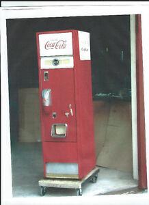 COKE  COOLER 1959  C-550 VENDING MACHINE Windsor Region Ontario image 1