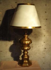 DECORATIVE TABLE LAMP, GILT BASE
