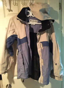 Columbia women's jacket size small  almost new