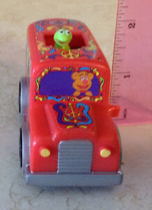 BURGER KING 1999 SPACE BUS. MUPPETS FROM SPACE TOYS Gatineau Ottawa / Gatineau Area image 6