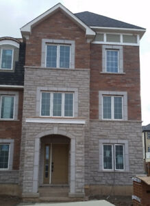 Gorgeous townhouse, Oakville , May, June orJuly Dundas &6th line