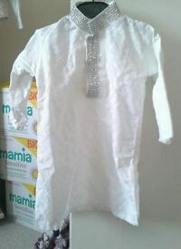 Boys / toddlers white kurta with silver embroidery new