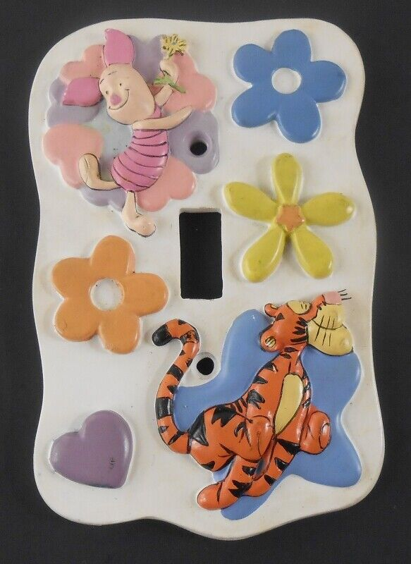 Disney 1933T Pooh Friends Tigger Piglet Single Lightswitch Coverplate - $9.89