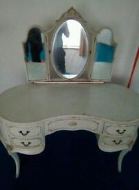 ***reduced***Antique french dressing table