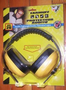McCordick Earmuff NRR 26 brand new in package HEARING PROTECTION Kitchener / Waterloo Kitchener Area image 1