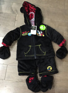 Mickey Mouse Jacket and snowpants 4-piece set 3-6 months