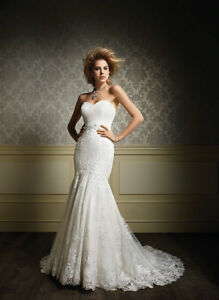 Alfred Angelo #887 Wedding Gown