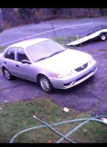 LOOK!!!!! A GREAT DEAL TOYOTA COROLLA 2001