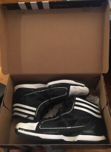 Adidas Crazy light size 11.5 worn 2 - 3 times 9/10.