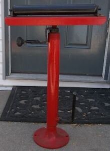 "ADJUSTABLE ROLLER STAND FROM 29""  TO 48""  TALL Belleville Belleville Area image 1"