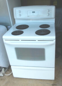 Kenmore Self Cleaning Oven and Stove