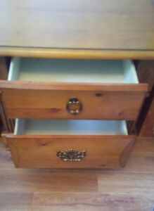 Brand new solid hardwood night stand -perfect condition