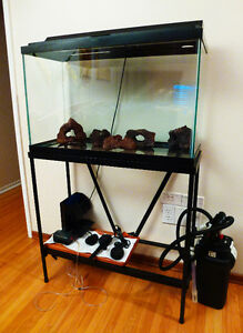 28 GALLONS AQUARIUM WITH STAND & ACCESSORIES
