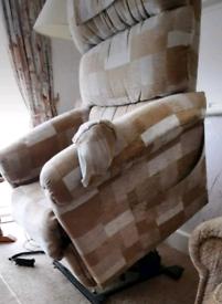 Rasing tilt recliner