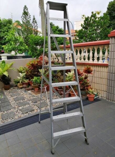 ALUMINIUM LADDERS / AIKO DEMOLITION CONCRETE BREAKER and MANY OTHERS.