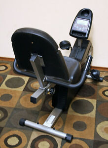 Excellent Universal FITNESS Recumbent Excercise Bike SEE VIDEO