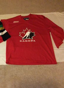 Bauer Hockey Men's Jersey (Size L) London Ontario image 1