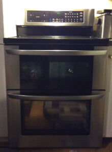 Double oven for sale. 1 year old mint condition